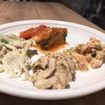The CRUSTY CRAB - 朝食ブッフェ 右:サーモン&セロリマリネ 中下:蒸し鶏とキノコのゴマ和え 中上:カポナータ 左:春キャベツとホッキ貝のサラダ