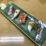 栄寿司 - この日はウニ多め