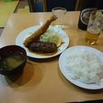 キッチンまつむら - ハンバーグとエビフライセット  880円