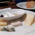 シャンタ ムール - 欧州産チーズの盛り合わせ