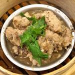 杭州小籠湯包 - 豆豉排骨(スペアリブの豆チ蒸し)