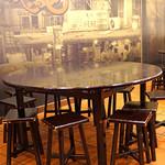 杭州小籠湯包 - 2階のテーブル席