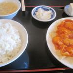 11065311 - イカエビチリソース定食¥850