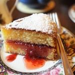 110650816 - ヴィクトリア・サンドイッチ・ケーキ