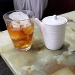 玉蘭 - 紹興酒のロック。