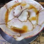 110657362 - あっさり花びらしゃぶ肉チャーシュー麺 手打ち