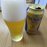 110660676 - 缶ビール(サントリー・ザ・プレミアム・モルツ)