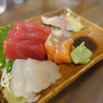 まるこ - 料理写真:刺身¥400-