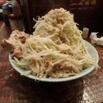 立川マシマシ - 小ラーメン200g¥750野菜マシマシ