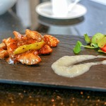 眺遊楼 - 料理写真:☆豚トロ肉の黒胡椒炒め 玉葱のソース添え