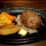 110689838 - ハンバーグ バター醤油 750円+税
