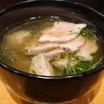 110696505 - 「つけ麺300g(肉増し)」のつけ汁