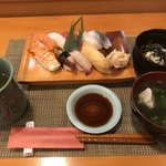 すし辰 - 料理写真:にぎり9貫=1150円 税込 (茶そば・吸い物付)