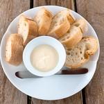 メルシャン ワインギャラリー - 甲州きいろ香冷製チーズフォンデュ