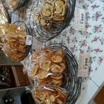ロバのみみ - 料理写真:陳列