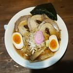 ラーメンぐんじ - 料理写真:醤油スペシャル