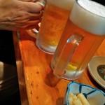 樽八 - 生ビールとお通し