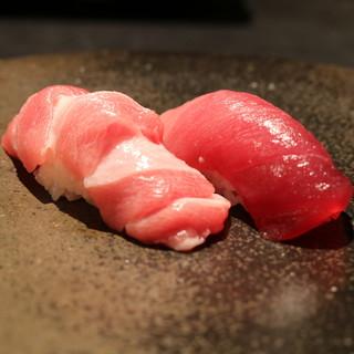 魚介の味わいを引き立たせる、こだわりの赤酢。