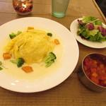 #icafe - ふわふわオムライスのワンプレート
