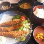 カフェレストランロッキー - 料理写真:エビフライ定食