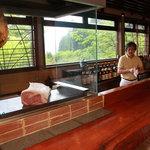 蔵毘 - お酒と鉄板焼きを堪能できるラウンジ