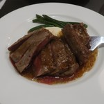 Bisutoroishikawatei - 牛サーロインのステーキ 黒胡椒ソース
