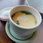 うお茂 - セットの茶碗蒸し