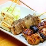博多もつ鍋 居酒屋 八兵衛 - 全て国産肉使用!!自家製タレでじっくりと焼いてます!