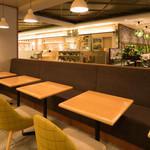 チャヤ ナチュラル&ワイルドテーブル - テーブル 2名