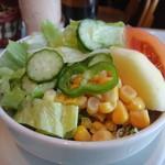 トラヤ - セットのサラダ