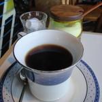 トラヤ - セットのコーヒー