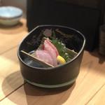天麩羅と日本酒 天と鮮 さかえみせ - 刺身二種盛り合わせ(本鮪、金目鯛)