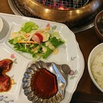 110797527 - ハラミ焼き肉定食 ごはんとスープ付き 1180円