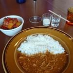 ステーションカフェ バーゼル - チキンカレー      飲み物 サラダついて        1480円