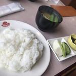 レストラン ケルン - Dセット(税別420円)にしました。セットはライスとみそ汁、漬物です。