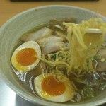 たんぽぽ - しょうゆラーメン+チャーシュー