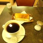 シャノアール - 料理写真:モーニング トーストセット