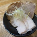Menshoutakamatsu - 別皿チャーシュー盛り