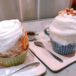 110833762 - アッサムミルク氷(左)と、琥珀パールミルク氷(コーヒーゼリー入り)(右)