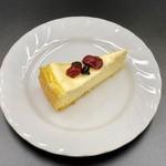 カフェ イタリアーノ チョコラータ - まろやかチーズケーキ