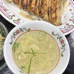 餃子の王将 - スープはトロミに相当なムラ