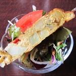 テアトロ - サイコロサーロインステーキとガーリックライス の 前菜