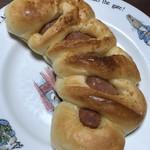 パン工房 ベルベ - 美味しいチョリソー@232円+税