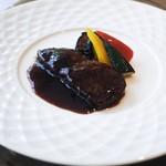 グランドプリンスホテル京都 中国料理 桃園 - 料理写真:国産牛フィレ肉のステーキ