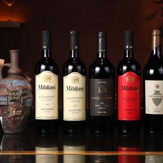 """8,000年の歴史が物語る、素材のチカラ際立つ""""ワイン""""を。"""