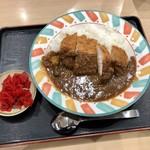 草津パーキングエリア(下り線)フードコート - 料理写真:カツカレー 720円