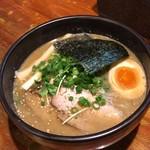 吉山商店 - 2019年5月20日       濃厚魚介焙煎ごまみそラーメン
