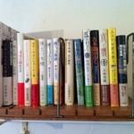 カフェ オチコチ - 本も読めます