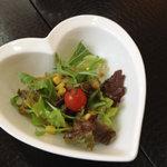 ダイニングベーレ - ランチのサラダ