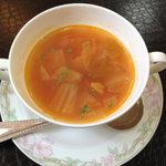 ダイニングベーレ - ランチのスープ この日はアサリ入りミネストローネ
